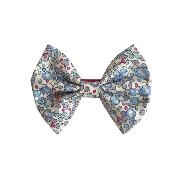 Small bowtie bow – alligator clip – Liberty Eloise D