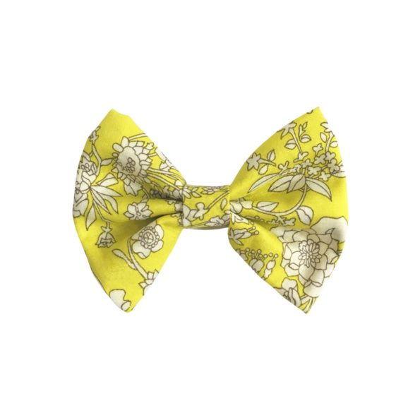Small bowtie bow – alligator clip – Liberty Summer Blooms A