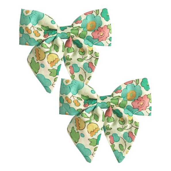 Milledeux Gift set – 2 Liberty bowtie bows – alligator clip – Betsy D