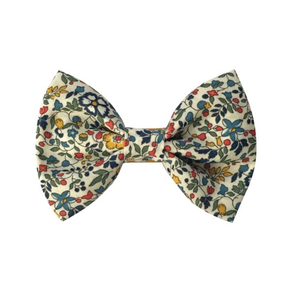 Small bowtie bow – alligator clip – Liberty Katie & Millie A