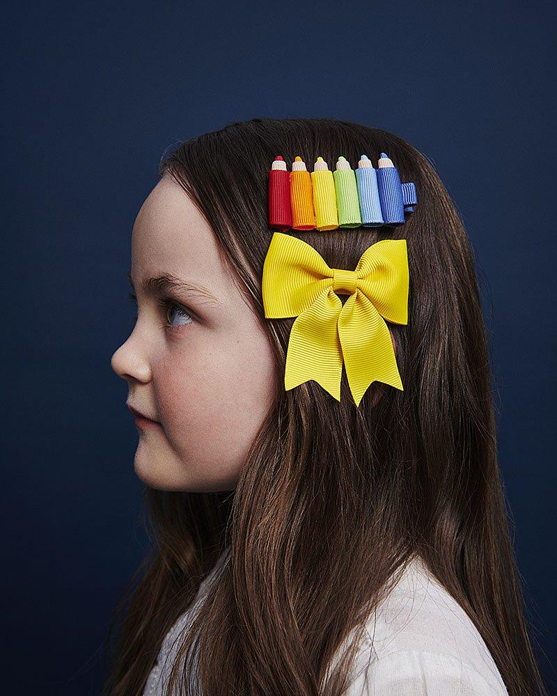 hairclip with crayons