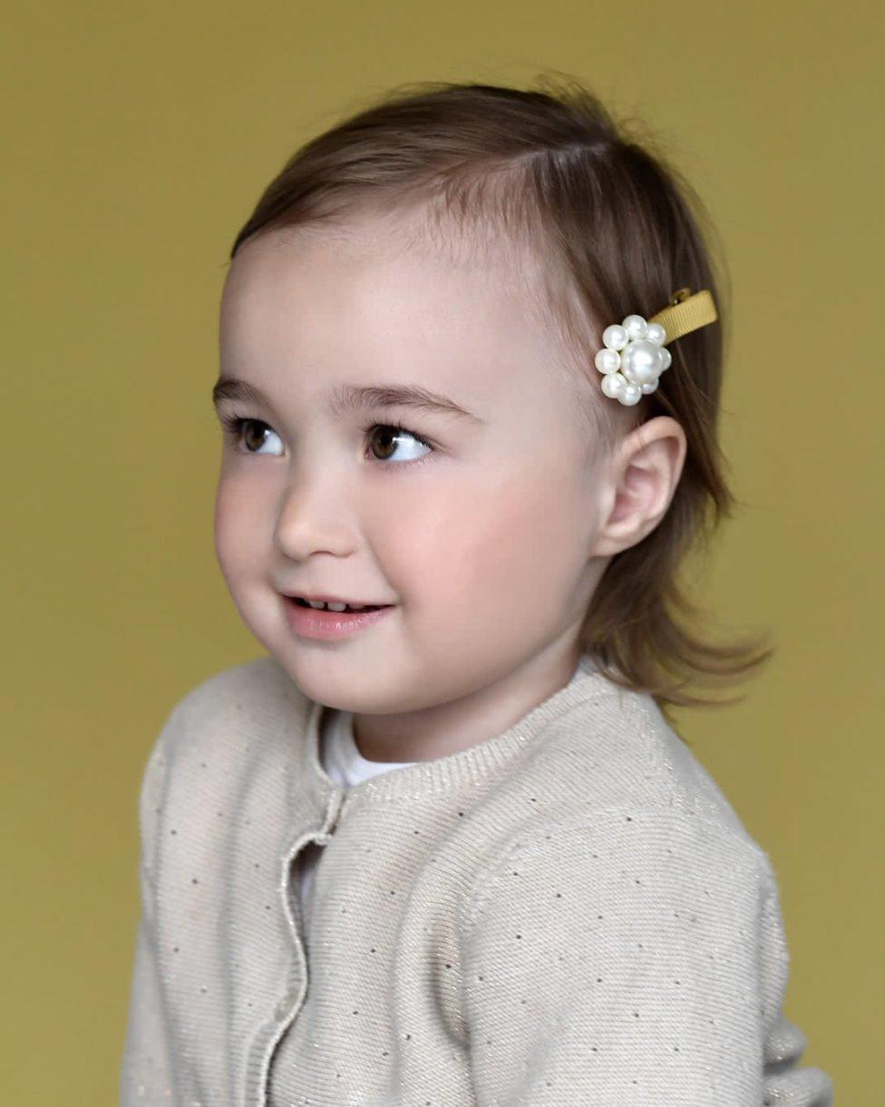 Cute hairstyle for toddler hair - pearl hair clip