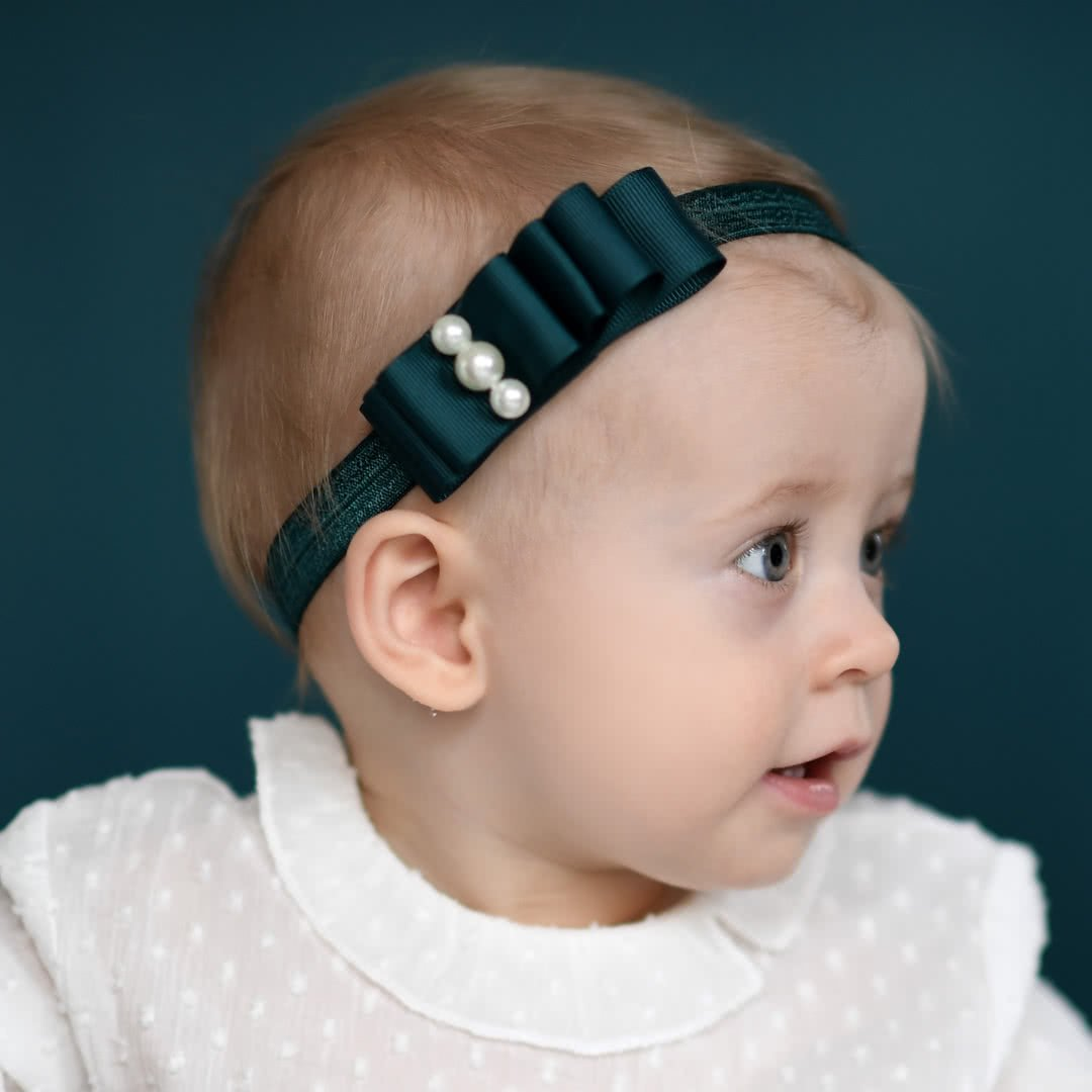 Cute hairstyle for toddler hair - elastic headband with pearls
